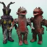 東京都西東京市にて、キングザウルス海獣ゲスラと宇宙恐竜ゼットンのポピー製ソフビをお譲り頂きました