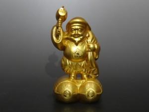 純金の大黒像。三越の銘あり。