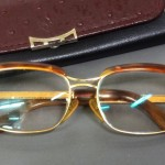 東京都江東区にて、本鼈甲と18金製の古い眼鏡をお譲りいただきました