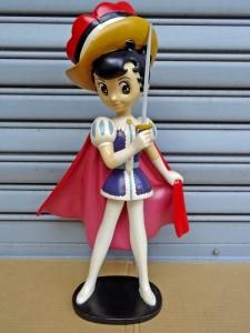 大型フィギュア(手塚治虫、水木しげる、横山光輝のマンガキャラクター多数、バックスバニー、トゥイ―ティー他)、ソフビ人形、ミニカー、玩具等、コレクターアイテム、レトロ雑貨を多数お譲りいただきました!@東京都北区