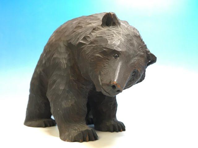八雲熊彫 木彫りの熊